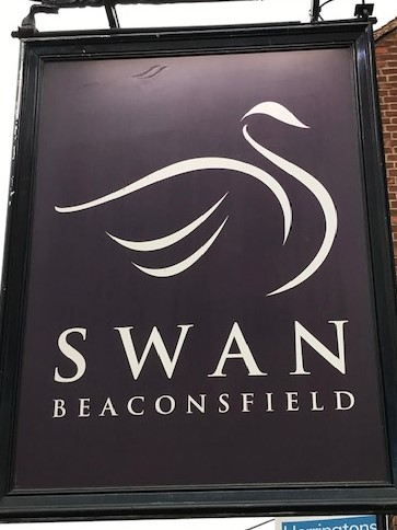 Day 32 – The Swan Beaconsfield