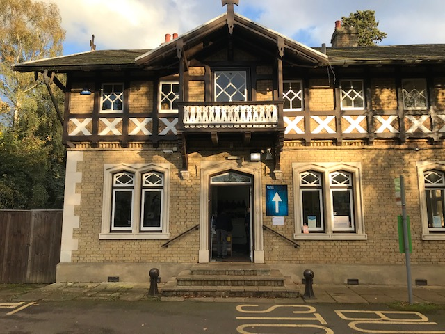 Dat 34 – RSPB HQ, The Lodge, Sandy